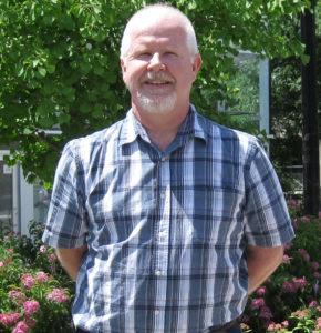 photo of Professor Robert McLaren